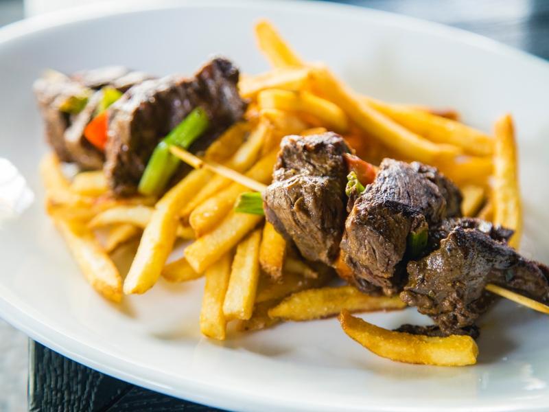Hanger Steak Kabobs & Fries